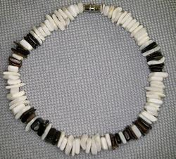 White/Black Square-Cut Pin Shell Chip Anklet/Bracelet